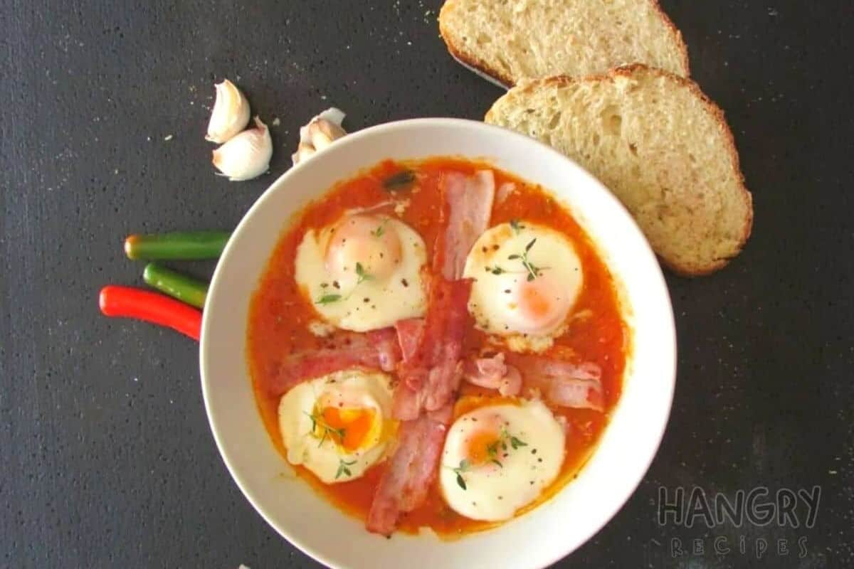 Easy Poached Eggs with spicy twist