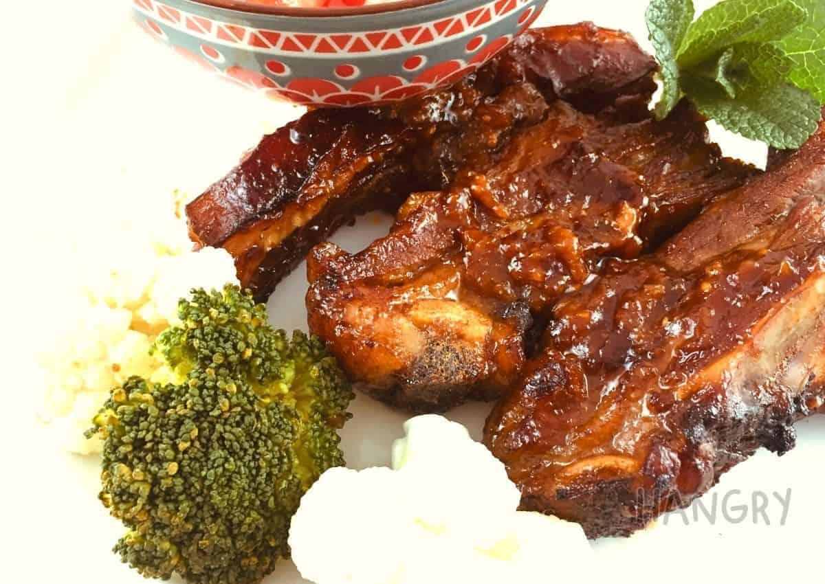 Lamb Ribs with Garlic and Balsamic Vinegar Marinade
