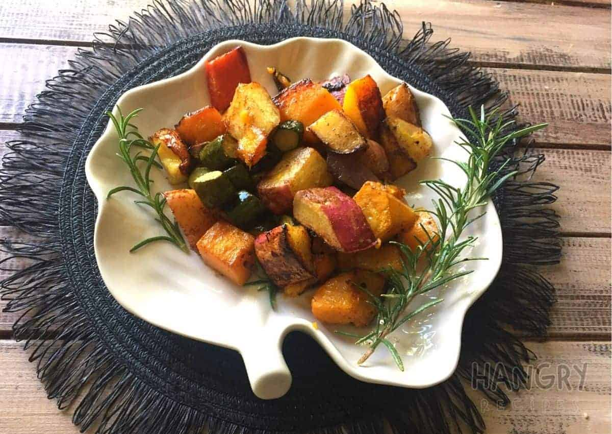 Roasted Vegetables with Balsamic Vinegar and fresh Rosemary - Hangry Recipes