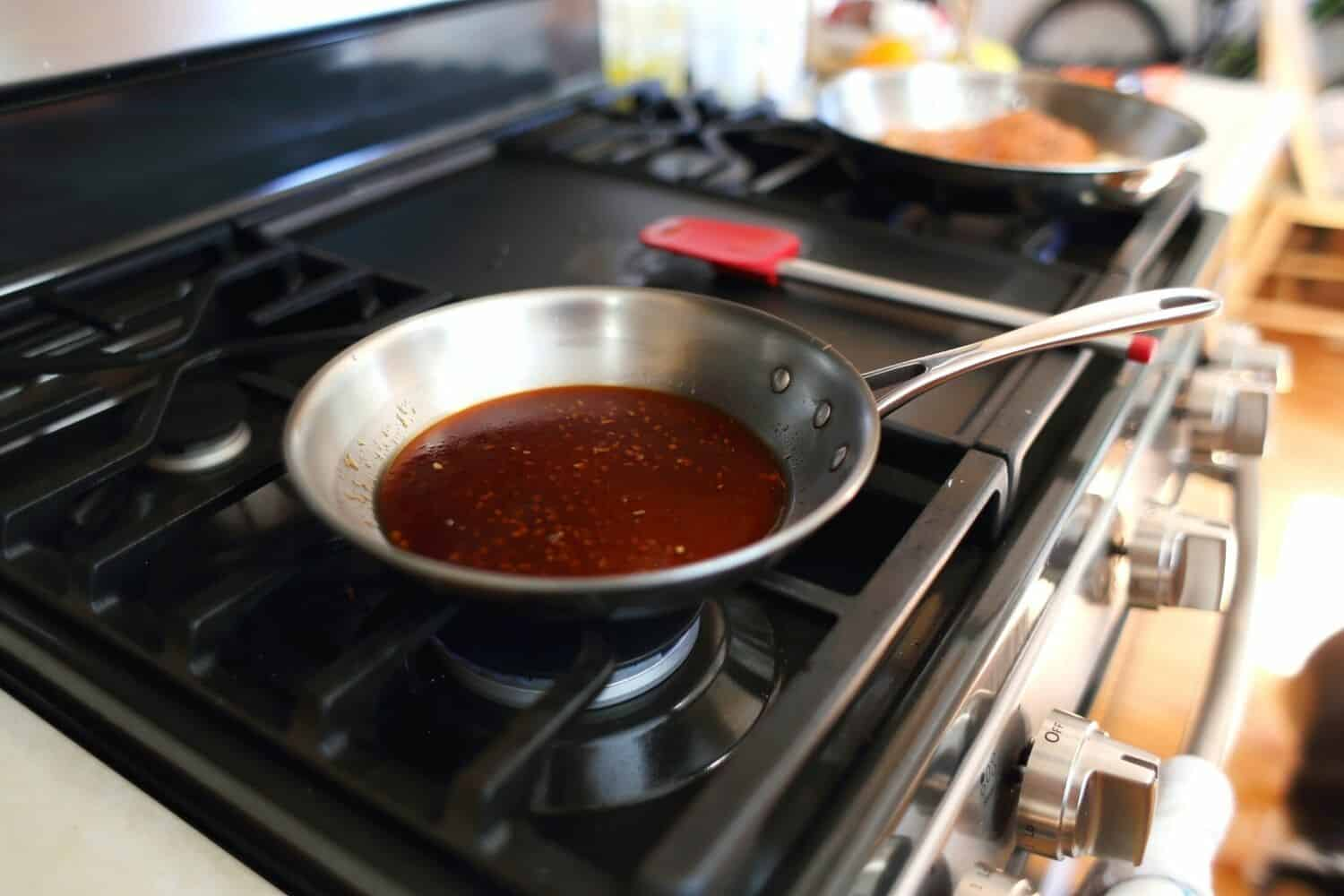 How to Deglaze and what does it mean to deglaze when cooking