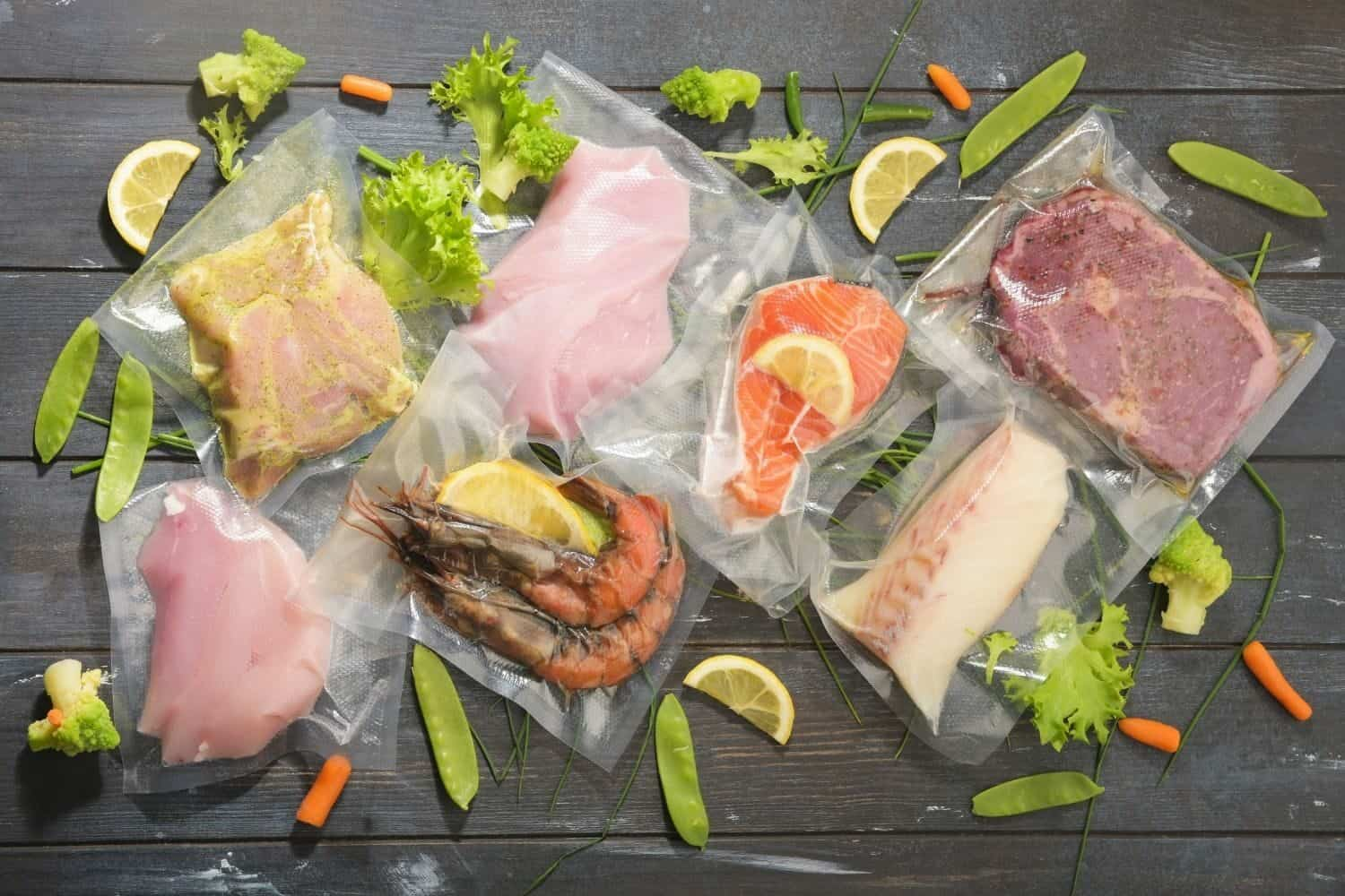 How to sous vide and what does it mean to sous vide when cooking?